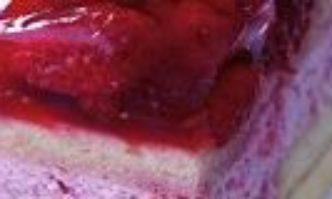 Himbeercremeschnitten