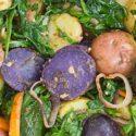 Kartoffelsalat mit Rucola und Spinat