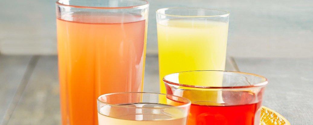 Spritziges Zitronen-Elektrolytgetränk • Vegan Taste Week