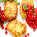 Kichererbsen-Pfannkuchen mit Beeren