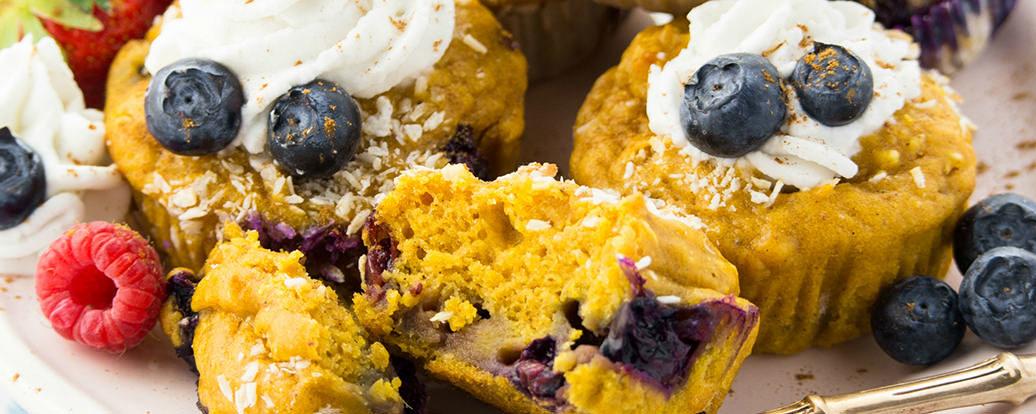 Süßkartoffel-Muffins mit Blaubeeren