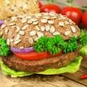 Mit Fleischalternativen gegen Tierleid