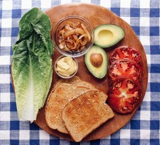 avocado_brett_simple veganista