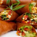 Rohkost-Wraps mit Minz-Guacamole